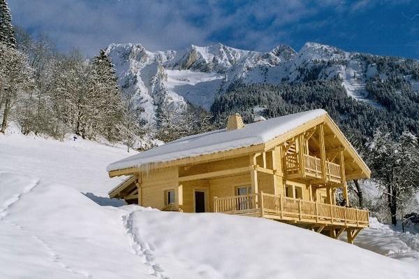 красивые фото домов в стиле шале.