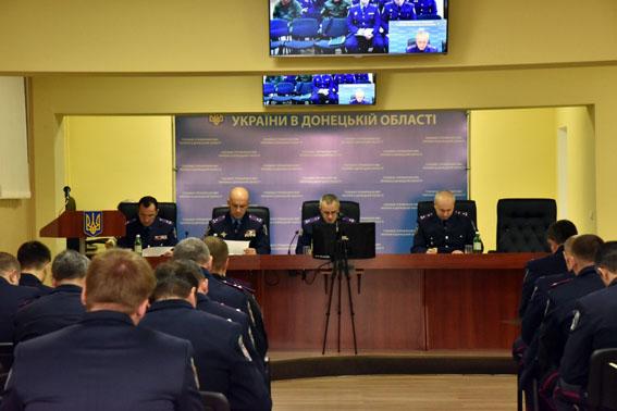Во время выборов в Мариуполе и Красноармейске будут патрулировать 38 групп быстрого реагирования